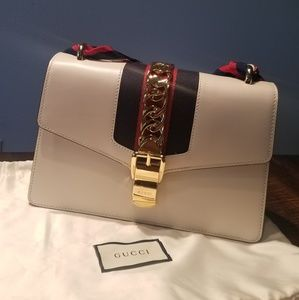 Small Gucci Sylvie Bag New, Never been worn